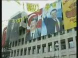Mesut Yılmaz'ın Politikadan Ayrıldığını Açıklıyor