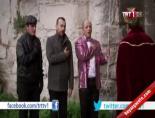 Leyla İle Mecnun Bölüm - Arabeskin ulusal marşı 'Batsın Bu Dünya' Şarkısı