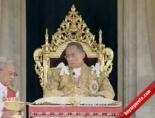 En Uzun Süre Tahta Kalan Kral Bhumibol Adulyadej'in Doğum Günü
