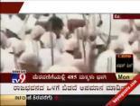 Hindu Çocuklar Mahatma Gandhi Oldu