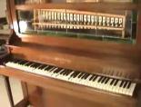 Piyano da teknolojiye uydu