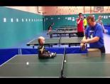 18 Aylık Bebekten Masa Tenisi Şovu