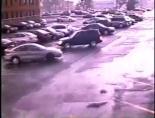 Kasırga Otomobili Uçuracaktı