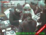 Kadınlar Güvenlik Kamerasına Takıldı