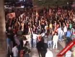 Galatasaraylılar Şampiyonluğu Melo Taklidi İle Kutladılar