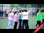 Kızlar Futbolda Kıyasıya Yarıştı