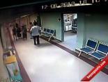 Tekme Tokat Saldırı Kamerada