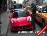Ferrari Sürücüsünün Başına Gelenler
