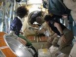 Uzay İstasyonundan Eve Döndüler