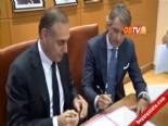 Roberto Mancini Galatasaray'a Resmi İmzayı Attı