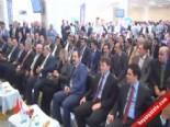 Valiye Tepki Gösteren Bdp'li Kaplan Töreni Terk Etti