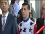 Cumhuriyet Kupası Koşusunu, Jokey Halis Karataş, Uçanoğlu Atı İle Kazandı