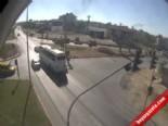 Takla Attı Otobüs Durağına Daldı