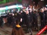Galatasaray Store TIR'ına Saldıran Taraftarlara Polis Müdahale Etti