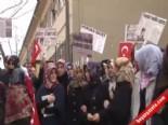 28 Şubat Mağduru Öğrenciler 15 Yıl Önce Giremedikleri Okulun Önünde Eylem Yaptı