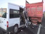 Şanlıurfada Öğrenci Servisi Kamyona Çarptı 1 Ölü, 4 Yaralı - ŞANLIURFA