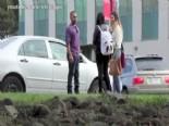 Kız Tavlamada Lamborghini ve Toyota Arasında Fark Var Mı?