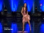 Yetenek Sizsiniz Türkiye Begüm Ertunç'un Dans Performansı İzle (08.12.2013)