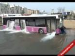 Belediye Otobüsünde Boğulacaklardı