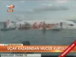 endonezya - Uçak kazasından mucize kurtuluş