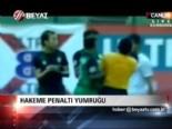 endonezya - Hakeme penaltı yumruğu