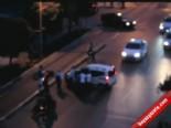 Motosikletli Gençler Otomobil Sürücüsüne Böyle Saldırdı