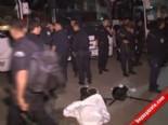 1 Mayıs Emek Ve Dayanışma Günü İçin Polisler İstanbulda