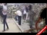 Mısır'da Polisin Gerçek Mermi İle Saldırdığı An