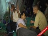 Darbe Karşıtı Gösterilerin Sembolü Dört Parmakla Yapılan Rabia işareti oldu