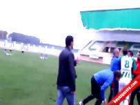 Futbolcu Takım Arkadaşına Tekme Tokat Saldırdı