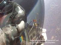 Google patronu uzaydan dünyaya böyle atladı