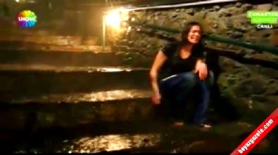 Özge Borak'ın Başrol Oynadığı 'Bana Adını Sor' Sinema Filmi Kamera Arkası Görüntüleri!