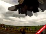 İngiltere'de Türk Pilot F16 İle Gösterisi Nefes Kesti