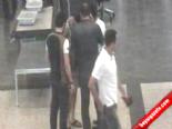 Havalimanındaki hırsızlık ve yakalanma anı kamerada