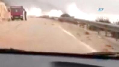 Antalya'da Aşırı Yağış ve Şiddetli Rüzgar Kaş-Demre-Finike Yollarını Kapattı!