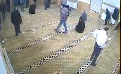 Kayseri'de bir camide yaşananlar izleyenleri güldürüyor!