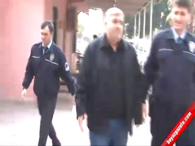 Kızını 8 Yerinden Bıçaklayan Şahıs Gazetecileri Tehdit Etti!