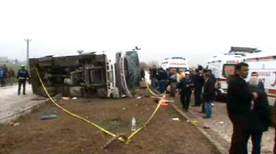 Hatay Kırıkhan İlçesinde Yolcu Otobüsü Devrildi: 2 Ölü, 15 Yaralı