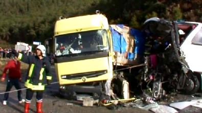 Antalya Gazipaşa'da Mevsimlik İşçileri Taşıyan Otobüsle Tır Çarpıştı: 5 Ölü 30'un Üstünde Yaralı