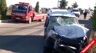 Öğrenci Servisi ile Ticari Araç Çarpıştı: 1 Ölü, 4 Yaralı