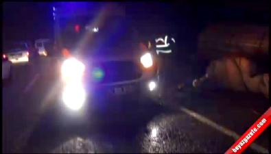 İşçileri taşıyan minibüs ile kamyonet çarpıştı: 9 yaralı