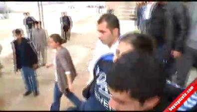 Silvan'a girmek isteyen HDP'li gruba polis müdahale etti