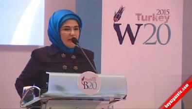 Emine Erdoğan: Terörün her türlüsünü lanetliyorum