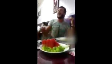 Ahmet Parlak'tan İsyan Şarkısı Performansı