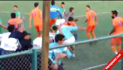 Defnespor - İskenderunspor 1967 maçında kavga