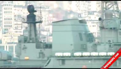 Rus Savaş Gemisi Bu Kez Füze İle Değil Fotoğraf Makinesi İle Geçti