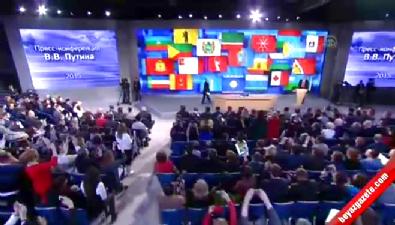 Putin'e Türk bayrağı sallayan AA muhabiri Elena Teslova