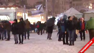 Taksim'de yeni yıl coşkusu başladı