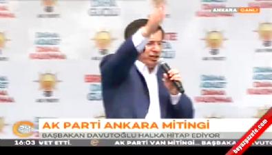 Başbakan Davutoğlu'ndan Cumhuriyet gazetesine tepki