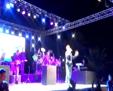 Mustafa Ceceli Konserini Yarım Bıraktı